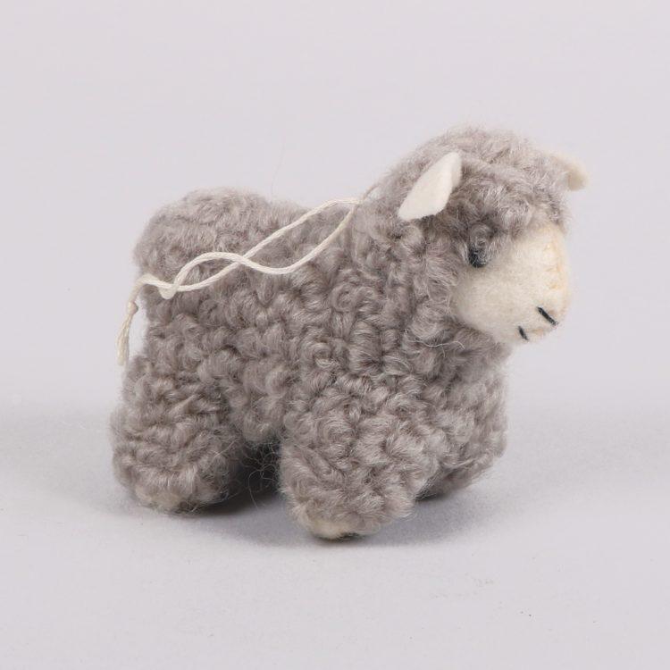 Grey felt sheep | Gallery 1 | TradeAid