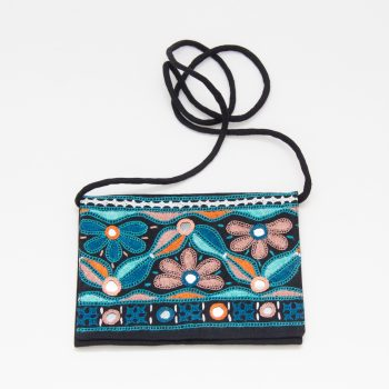Floral embroidered shoulder bag | TradeAid