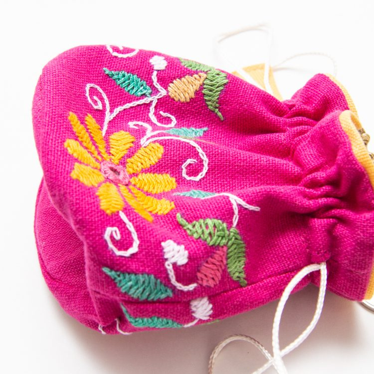 Magenta floral jewellery pouch | Gallery 2 | TradeAid