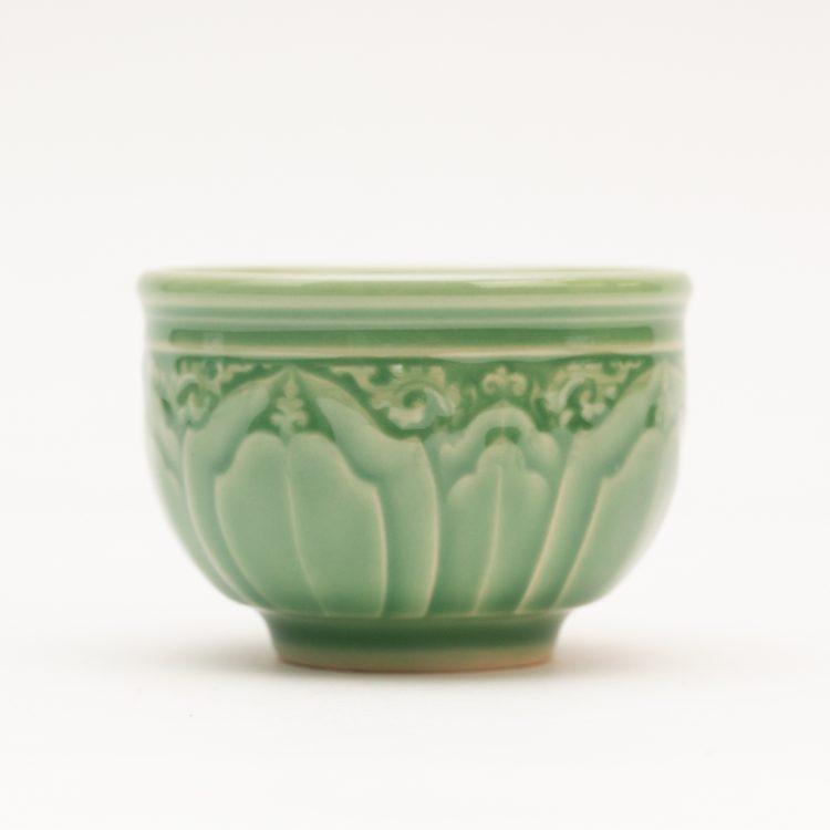 Green lotus teacup | TradeAid
