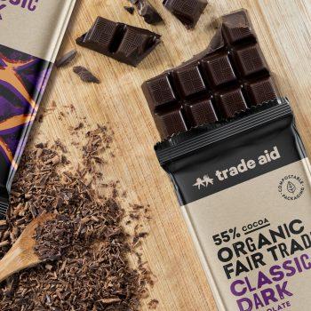 Organic 55% classic dark chocolate – 200g   Gallery 1   TradeAid