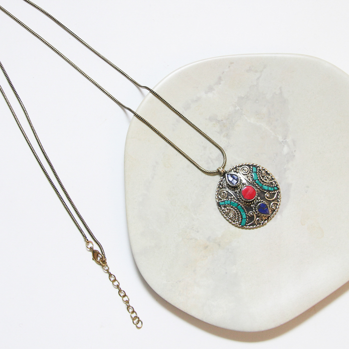 Round mosaic pendant necklace | TradeAid
