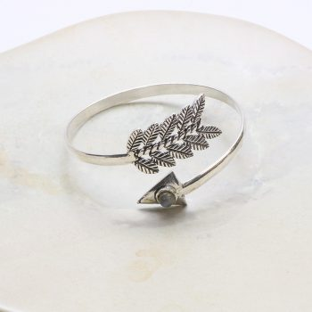 Bangle with arrow and leaf ends | TradeAid