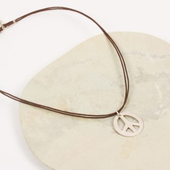 Peace sign necklace | TradeAid