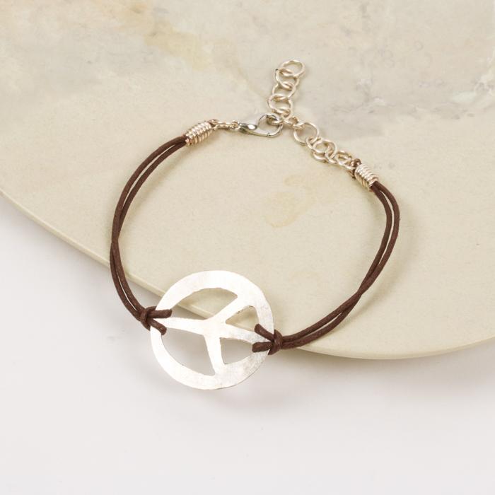 Peace sign bracelet | TradeAid