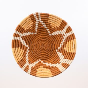 Woven bowl with tan flower design | Gallery 1 | TradeAid