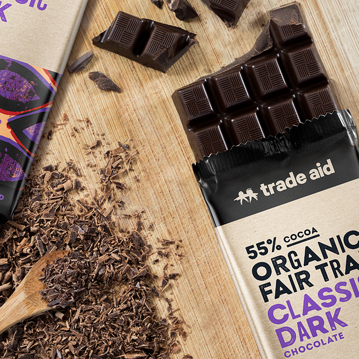 Organic 55% classic dark chocolate – 200g | Gallery 1 | TradeAid
