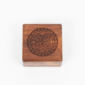 Floral carved box | TradeAid