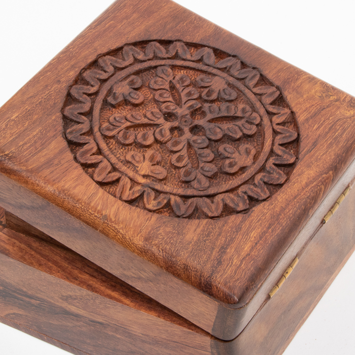 Floral carved box | Gallery 2 | TradeAid