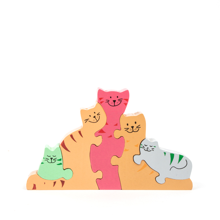 Cat family puzzle | TradeAid