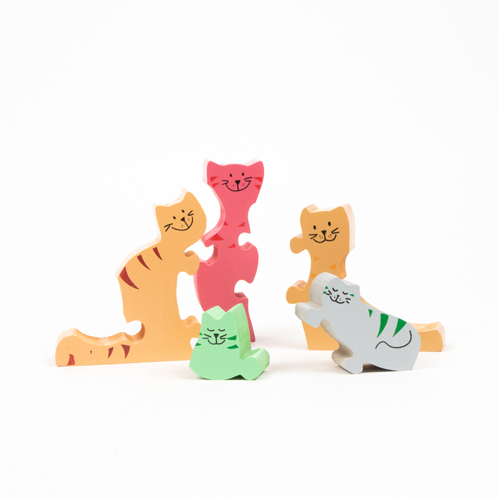 Cat family puzzle | Gallery 1 | TradeAid