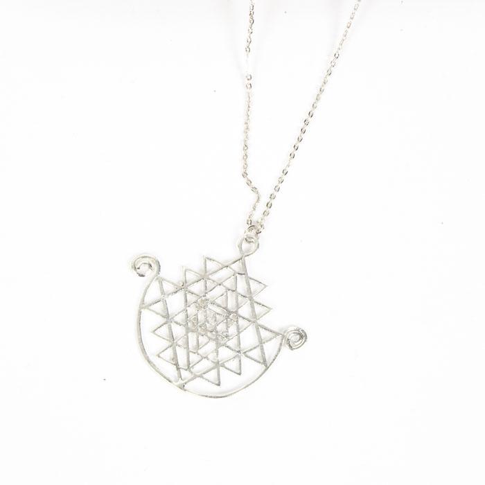 Lattice pendant necklace   TradeAid