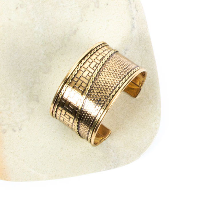 Engraved brass cuff | TradeAid