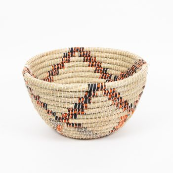 Round kaisa and recycled sari basket | TradeAid