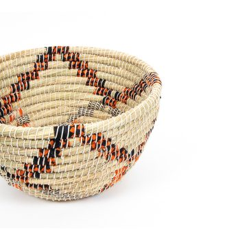 Round kaisa and recycled sari basket | Gallery 2 | TradeAid