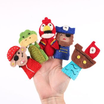 Pirate finger puppets | Gallery 1 | TradeAid