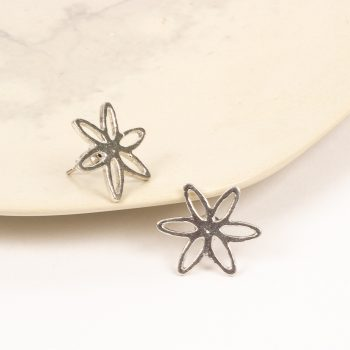Silver coloured flower stud earring | Gallery 1 | TradeAid