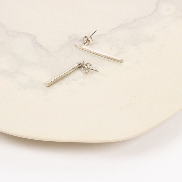 Bar earring | Gallery 1 | TradeAid