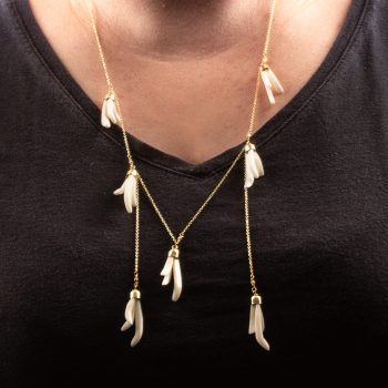 White flower bone bead necklace | Gallery 1 | TradeAid