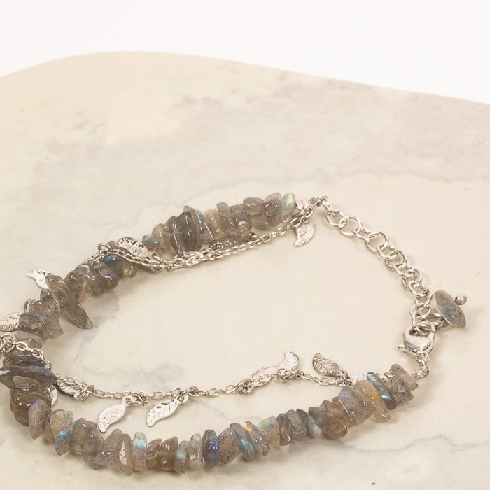 Leaf and stone bracelet | Gallery 2 | TradeAid