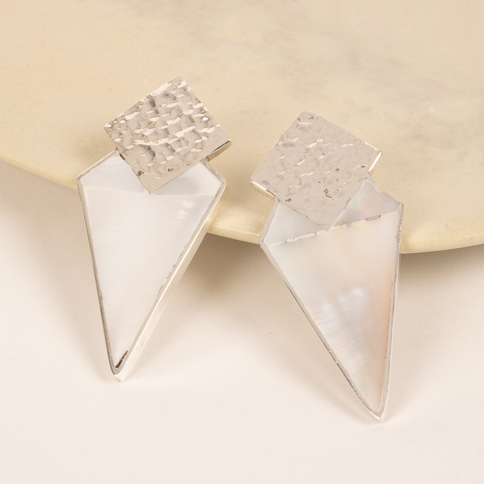 Rhombus earrings with white shell | TradeAid