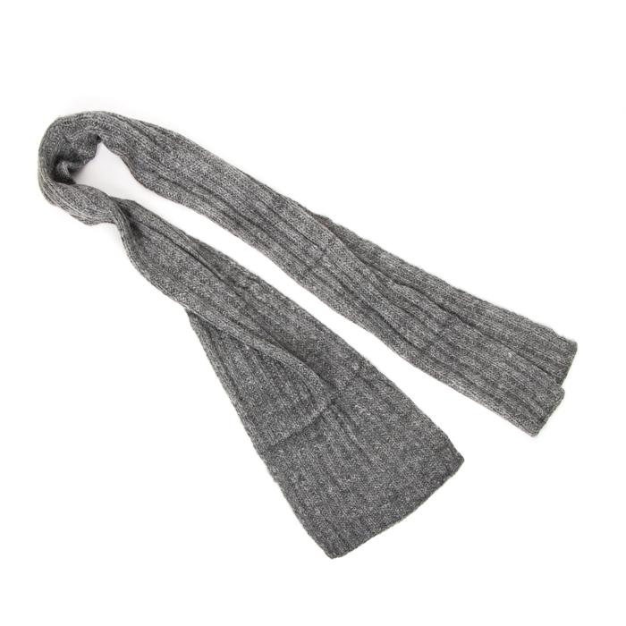 Grey alpaca scarf | Gallery 2 | TradeAid