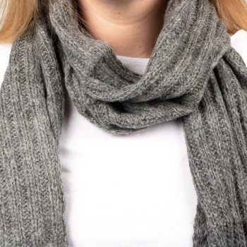 Grey alpaca scarf | Gallery 1 | TradeAid