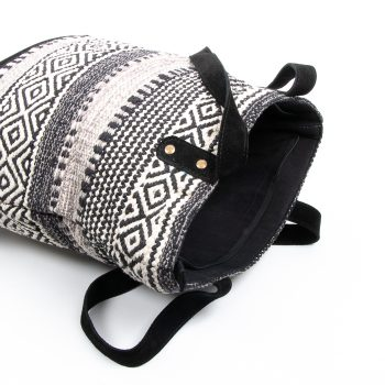 Cotton dhurrie bag | Gallery 1 | TradeAid