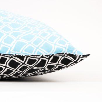 Reversible pillowcase with diamond print | Gallery 2 | TradeAid