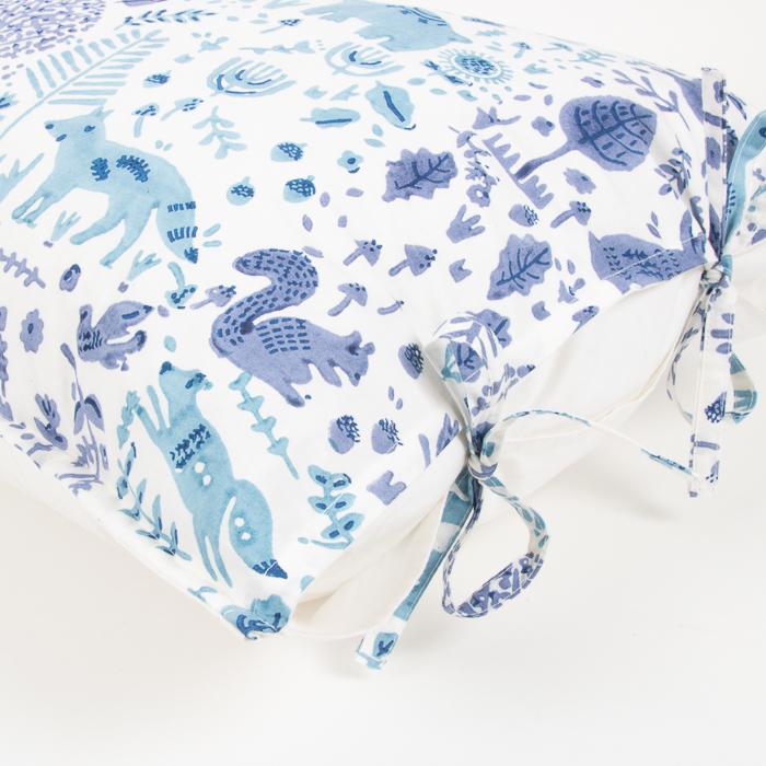 Blue folkland pillowcase | Gallery 1 | TradeAid