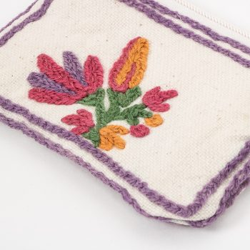 Floral coin purse | Gallery 1 | TradeAid