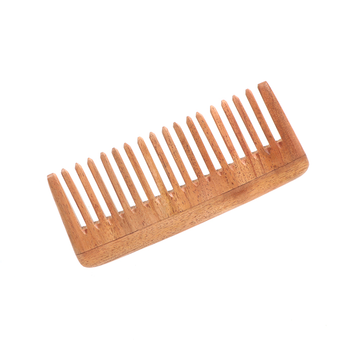 Wide tooth comb | Gallery 1 | TradeAid