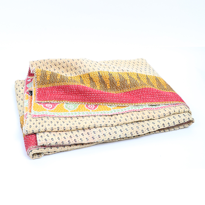 Queen kantha quilt | TradeAid