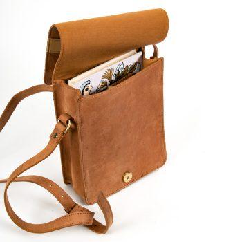 Tan postmaster satchel | Gallery 2 | TradeAid