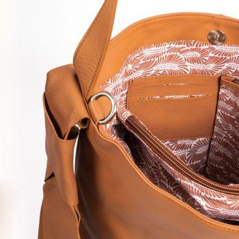Side knot shoulder bag | Gallery 2 | TradeAid
