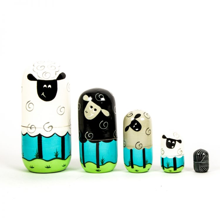 Sheep family nesting dolls | Gallery 1 | TradeAid