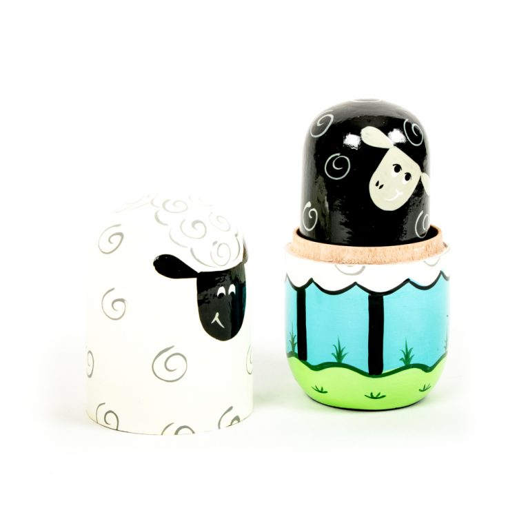 Sheep family nesting dolls | Gallery 2 | TradeAid