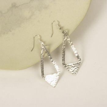 Arrow drop earrings | Gallery 1 | TradeAid