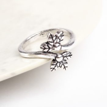 Split flower ring | TradeAid