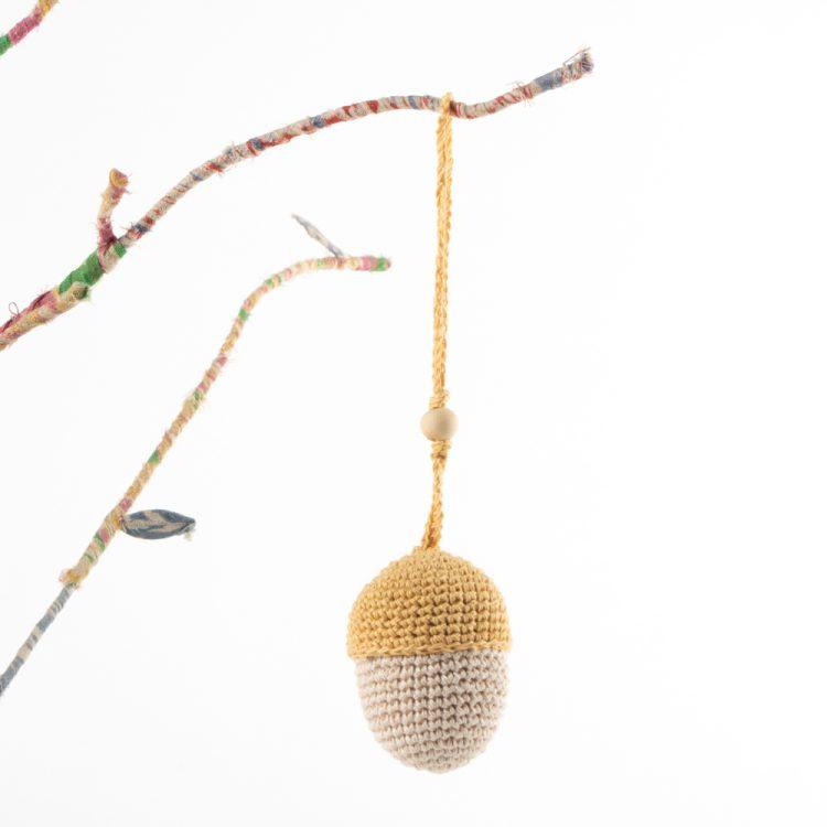 Acorn decoration | Gallery 1 | TradeAid