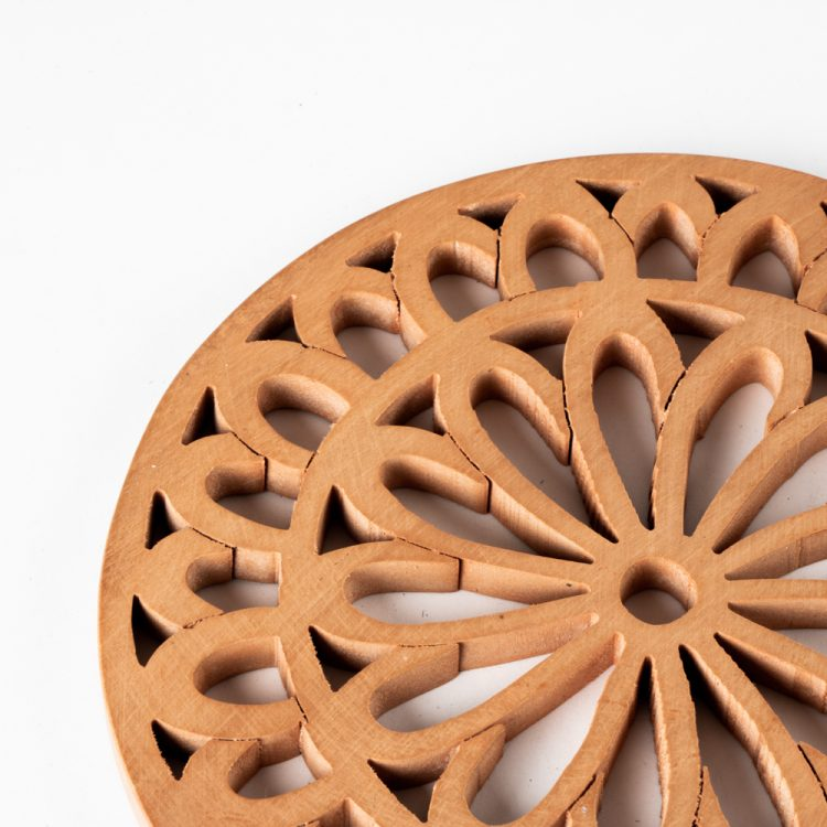 Wooden floral trivet | Gallery 1 | TradeAid