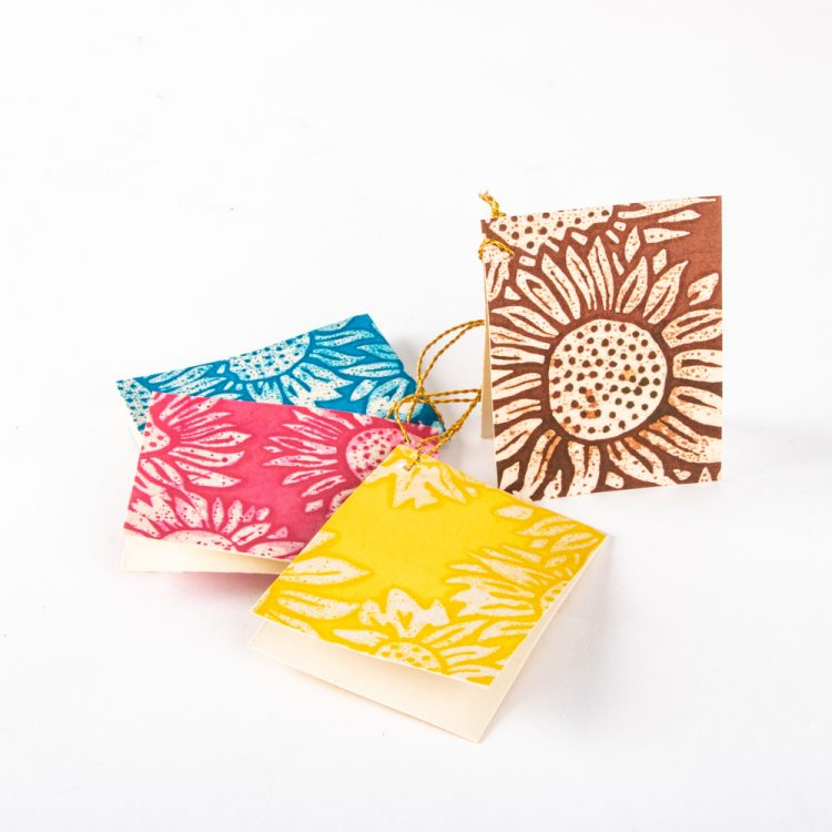 Batik gift tag set | TradeAid