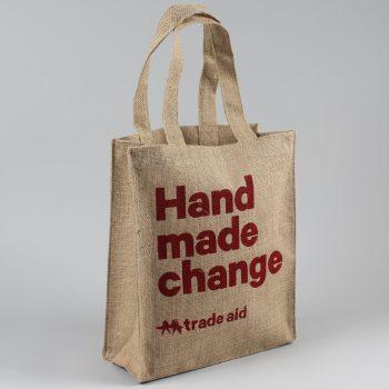 Hand made change lined jute bag | TradeAid