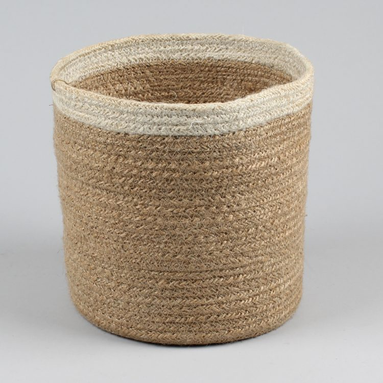 Jute basket with white border | TradeAid