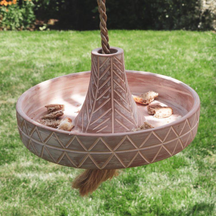Saucer shape bird feeder | TradeAid