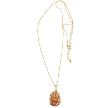 Wire work necklace with stone pendant | TradeAid
