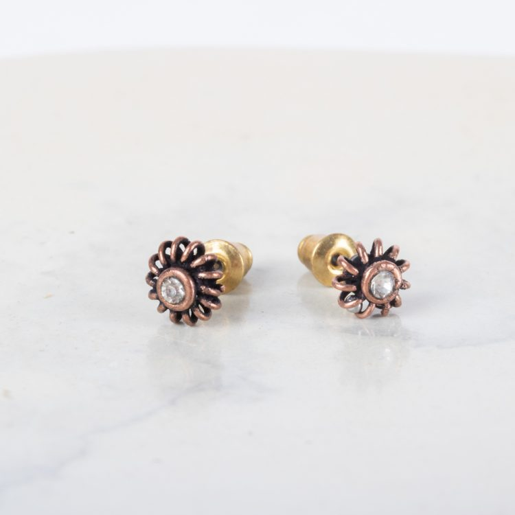 White stud earrings | Gallery 1 | TradeAid