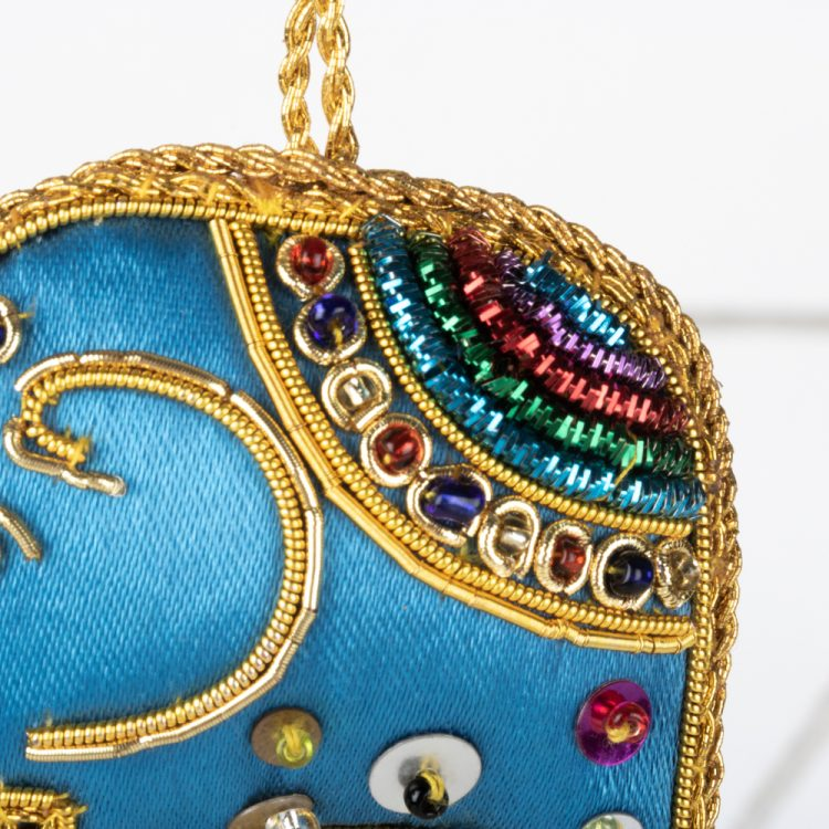 Blue zari elephant hanging | Gallery 2 | TradeAid