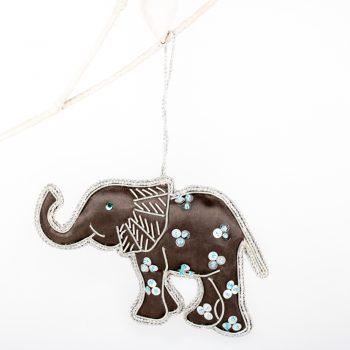 Zari embroidered elephant | Gallery 1 | TradeAid