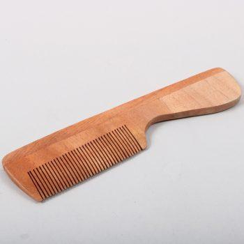 Wooden comb | TradeAid